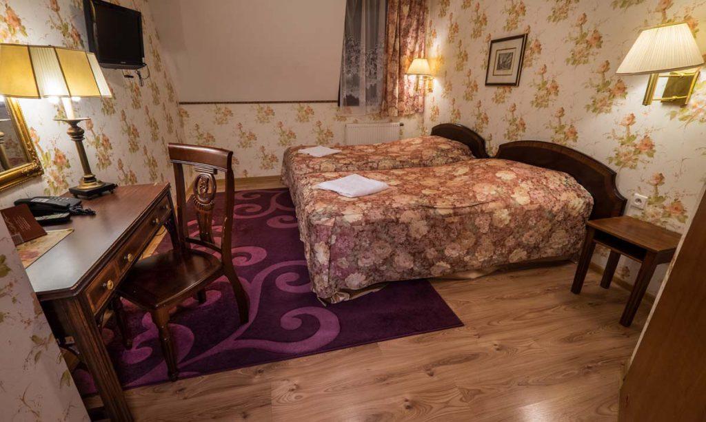 Dwór Ostoia pokoje w Klimkówce