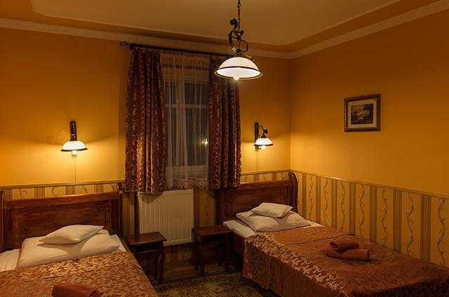 Hotel Śnieżka Pokoje - Krosno